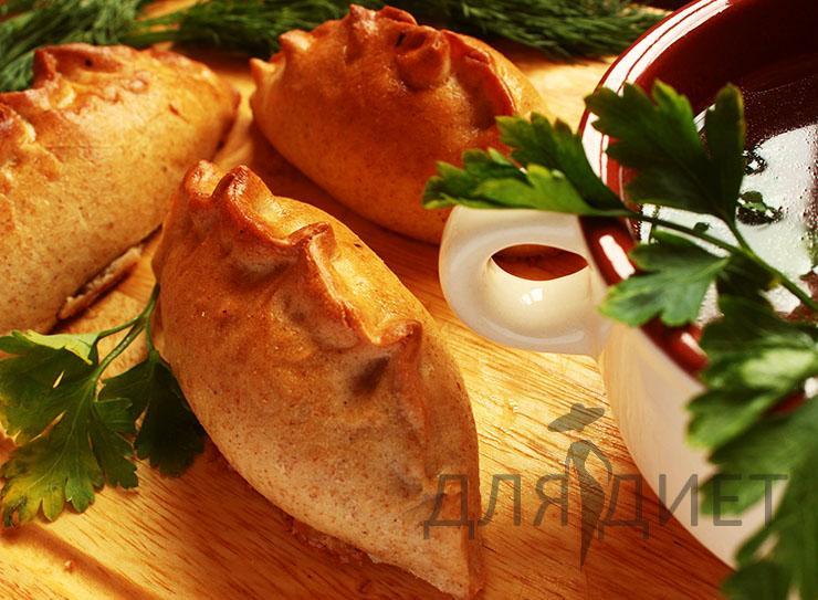 Постные пирожки из дрожжевого теста с начинкой из свежей капусты