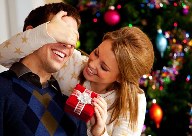 Что можно подарить парню или мужчине на Новый Год